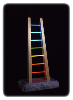 Antonio Peticov (Assis, 1946-) The Ladder, 1981. Escultura, 60 x 30 x 20 cm.