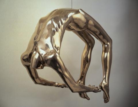Louise Bourgeois (Paris, França, 1911- Manhattan, NY, EUA, 2010)  Arch of hysteria, 1993.